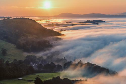 autumn sunset mist fog sunrise river scotland colours unitedkingdom tay perth gb inversion kinfauns