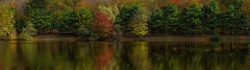landscape monroe connecticut water reflection fall autumn lake landscapepanorama panorama