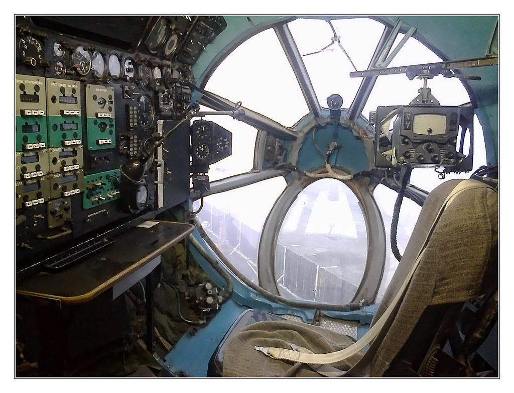 Speyer - Technikmuseum Speyer - Antonow A-22 Navigator chair 01