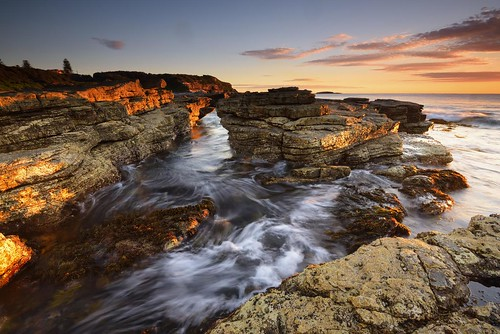 aus australia newsouthwales swanseaheads chalkybeach nikond750 nikon1635mmf4 seascape rocks shore outdoor