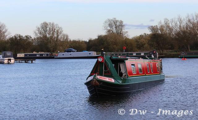 Narrowboat_wm