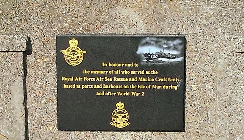 Memorial Douglas Sea Wall