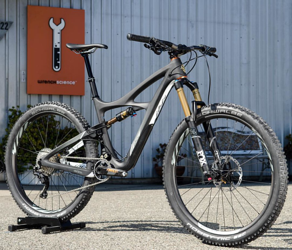 Ibis Mojo 3 in Black… built with Fox Float 34 140mm Boost … | Flickr