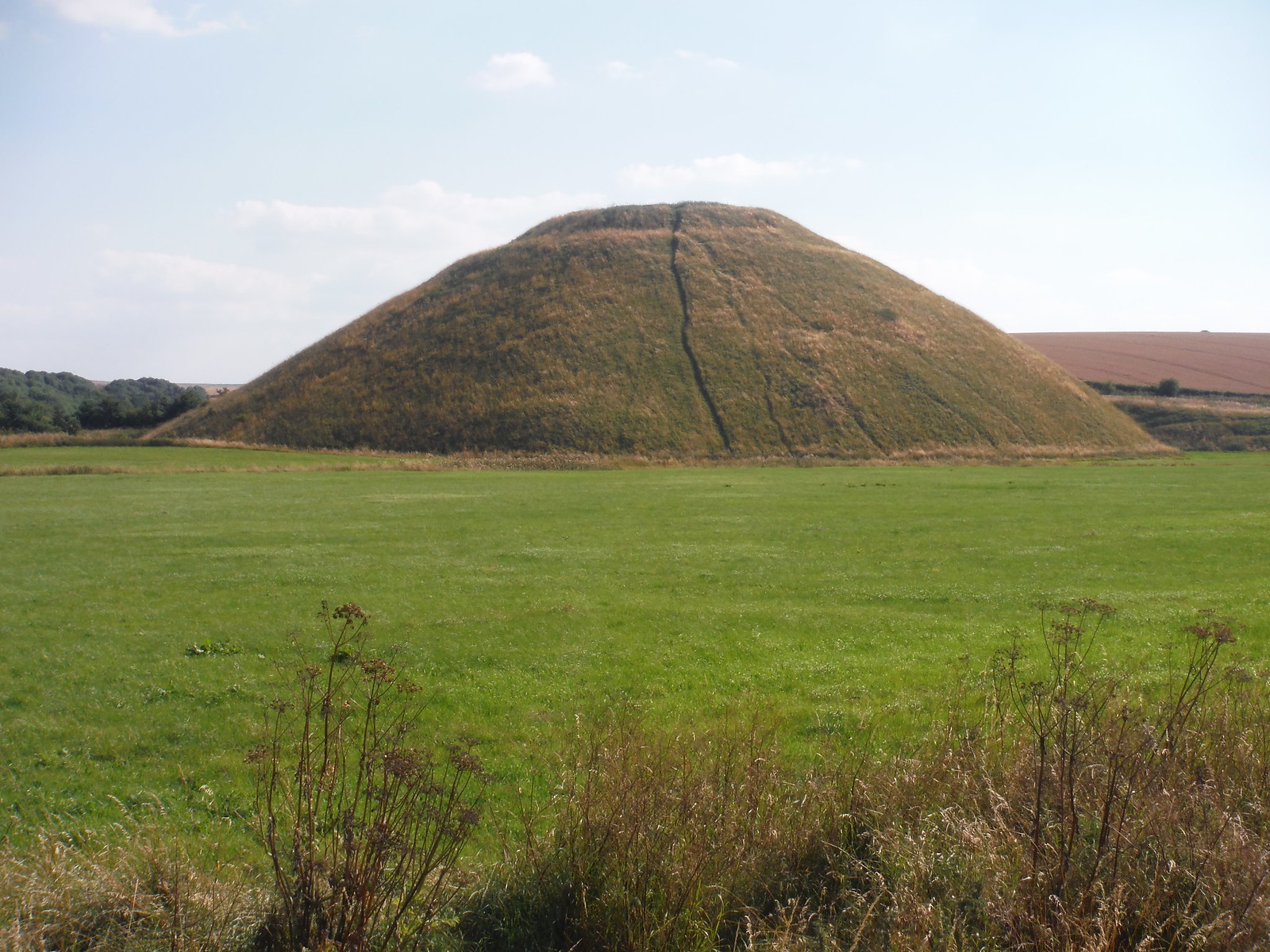 Silbury Hill Close-Up SWC Walk 255 Pewsey or Marlborough Circular via Avebury