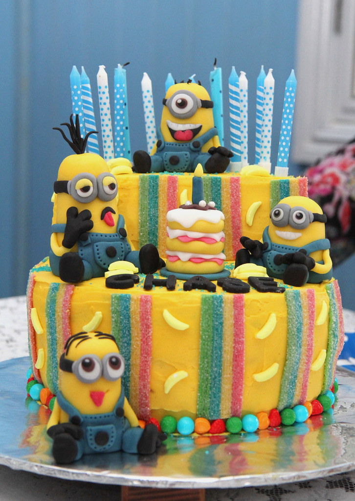 Outstanding Minion Birthday Cake Minion Birthday Cake Strawbryb Flickr Funny Birthday Cards Online Elaedamsfinfo