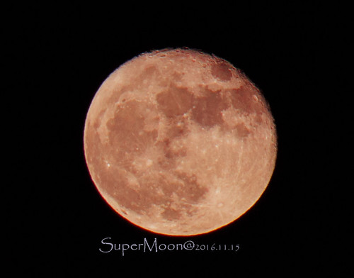 super moon 2016.11.15   by geek2simon