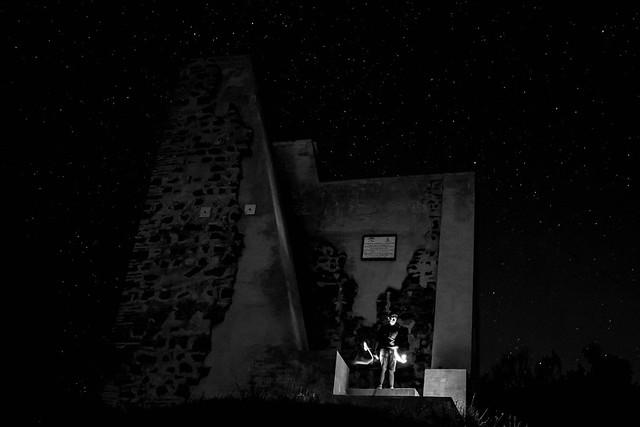 La noche es oscura y alberga horrores