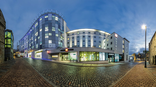 360 6d aberdeen hotel ibis pano puregym shiprow architect architecture building canon city darrenwright dazza1040 eos infinity light night nightscape panorama panoramic scotland