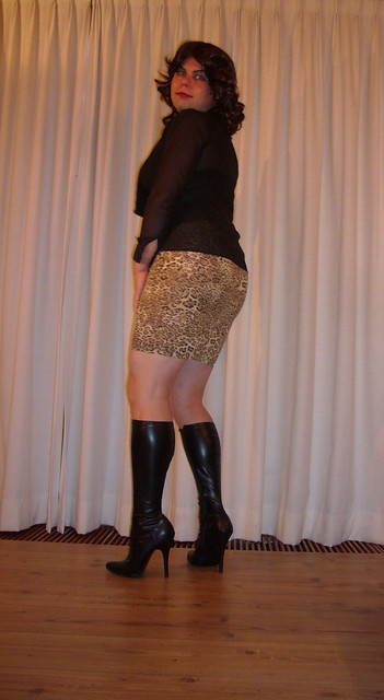 stiletto boots and tight cougar skirt