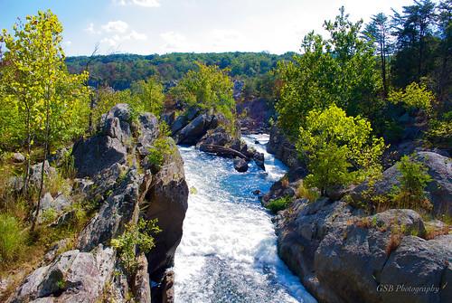 greatfalls potomacriver maryland america tributary river waterfall chute rapids sunlight rockfolding nikond60 nikon d60 aplusphoto water rush foliage