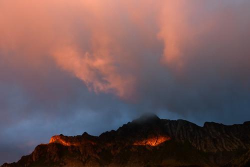 nikon d810 70200mm fagaras massif mountain romania europe sunset landscape nature natural outdoor sky clouds light crocodile alligator dragon ridge