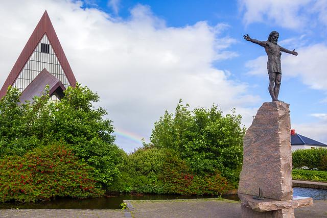 Statue of Sigmundur Brestisson by Hans Pauli Olsen and Vesturkirkjan (The West Church)