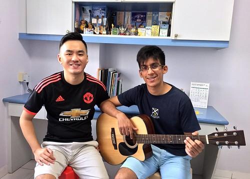 Guitar lessons Singapore Ejazz