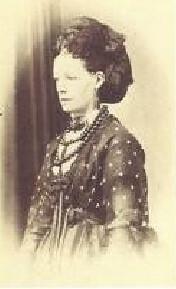 Dora Hood nee Robinson