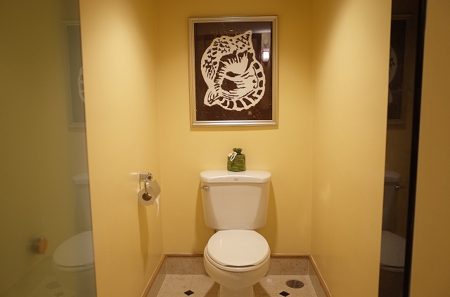 <p>k)トイレの内装も変わりました</p>