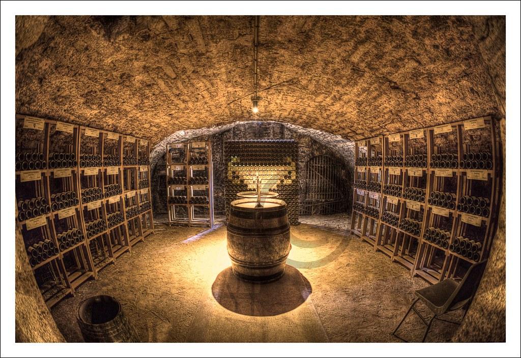 Betere Wine caves | Maison Patriarche Père et Fils is one of the la… | Flickr YA-66