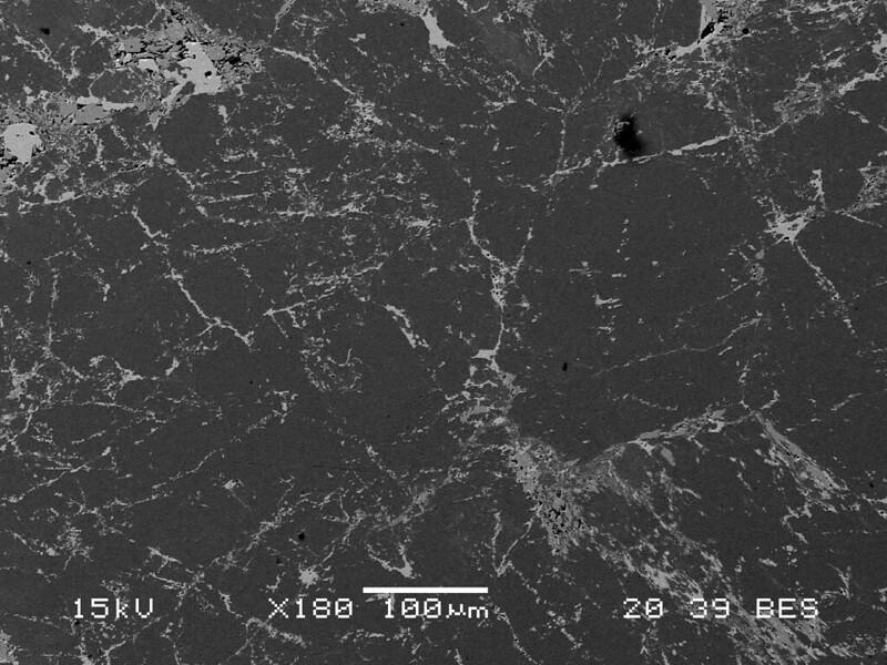 ソーダフッ素魚眼石 / Fluorapophyllite-(Na)