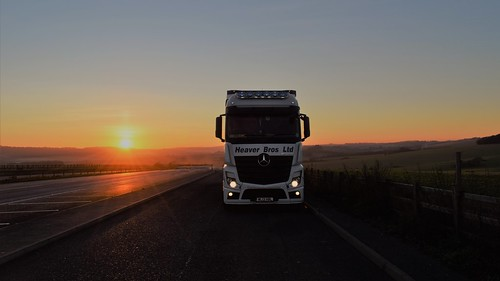 heaver wl13hbl mercedes actros mp4 2545 bigspace sunset sky truck lorry hgv a303