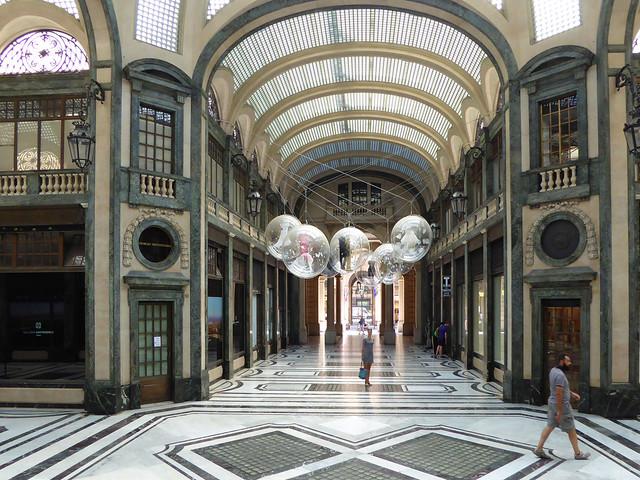 Turin: blue bag in Galleria San Federico