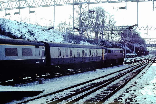 86-212 Coventry station 18-02-1985