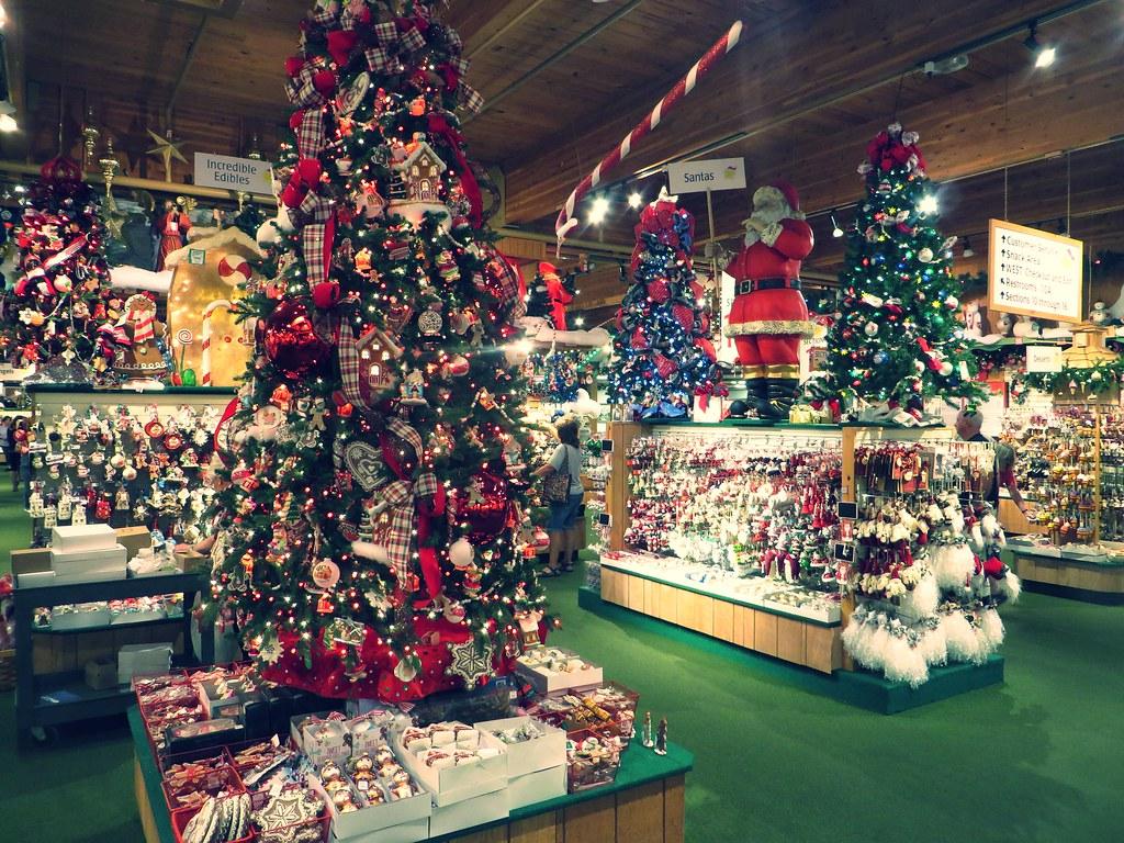 Bronners Christmas Wonderland.Bronners Christmas Wonderland Frankenmuth Michigan Flickr