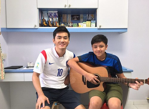 1 to 1 guitar lessons Singapore Marcus