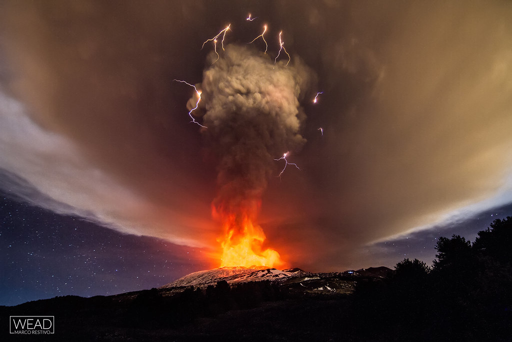 Dirty thunderstorm - Etna