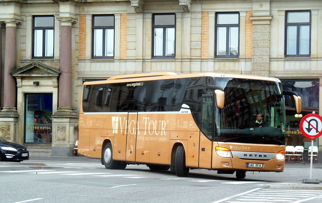 Czech Setra S415 4AA9916 of Vega Tours