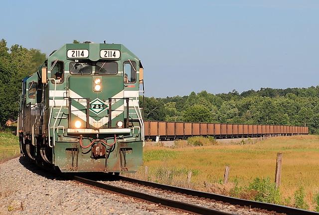 P&L 2114 (GP40-3) Spring Lick, Kentucky
