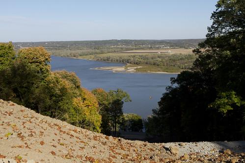 grandviewdrive scenic landscape illinoisriver