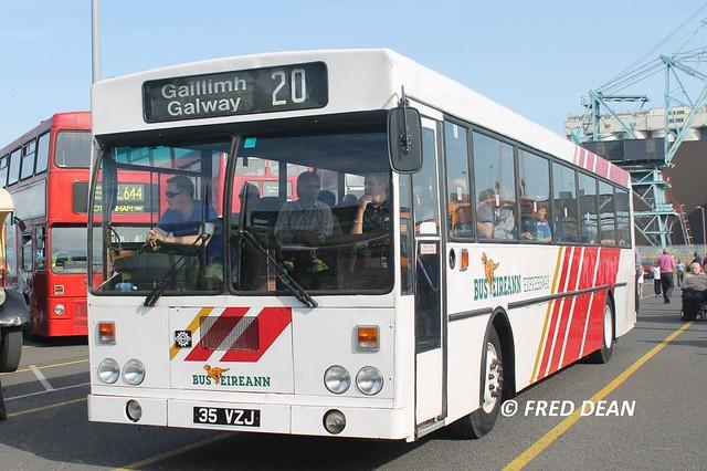 Bus Éireann KE 35 (35 VZJ).