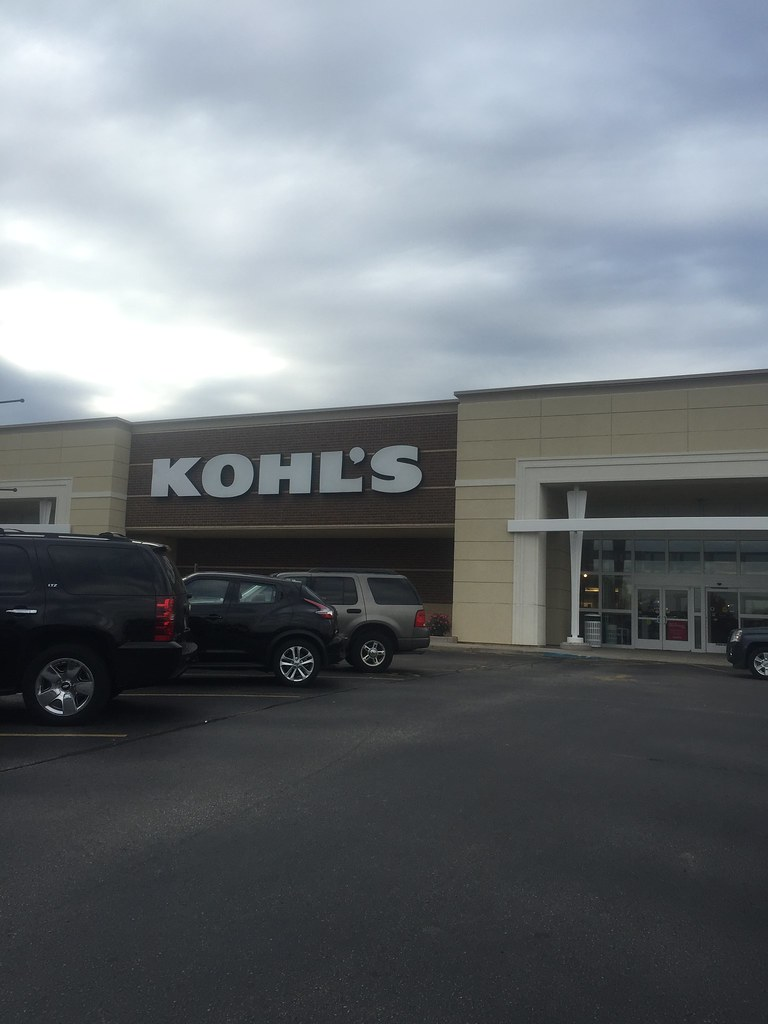 0d7e07e0e Kohl's - Point Loomis, 3737 S 27th St, Milwaukee, WI 53221 | Flickr