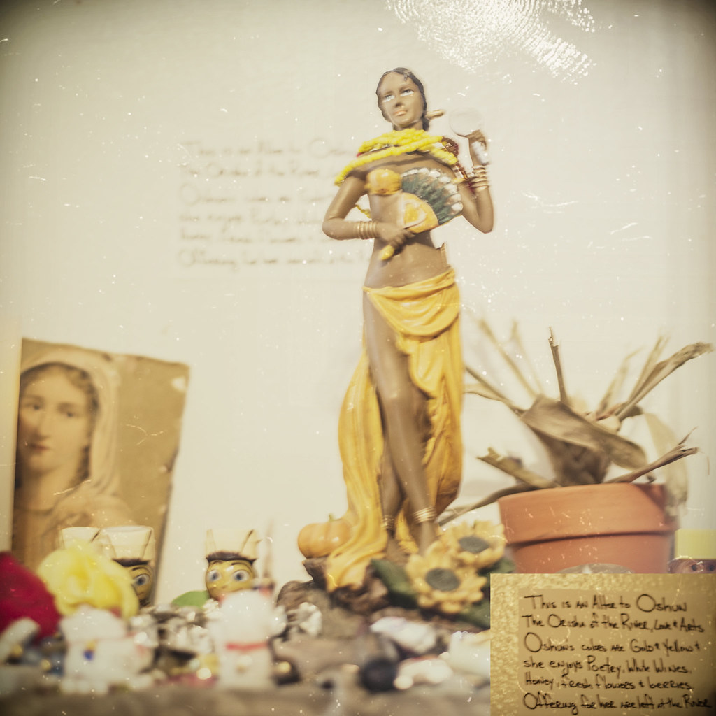 Altar to Oshun (New Orleans) | Oshun is the Yorùbá Orisha (D