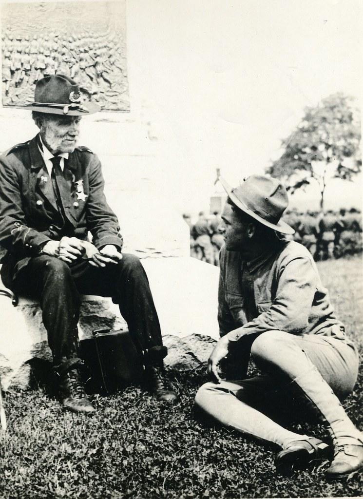 Civil War Veteran Speaks with Marine, 1922 |