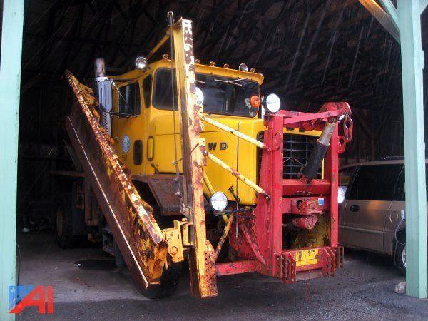 Putnam County, NY 1989 FWD RB44 plow-sander - truck No. 567_1