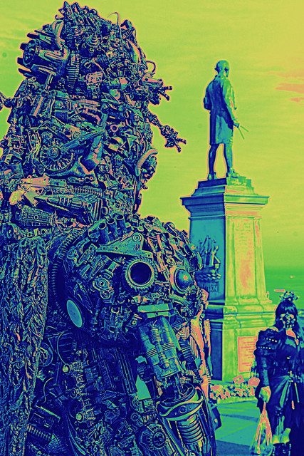 giant  borg post apocalyptic war lord monument