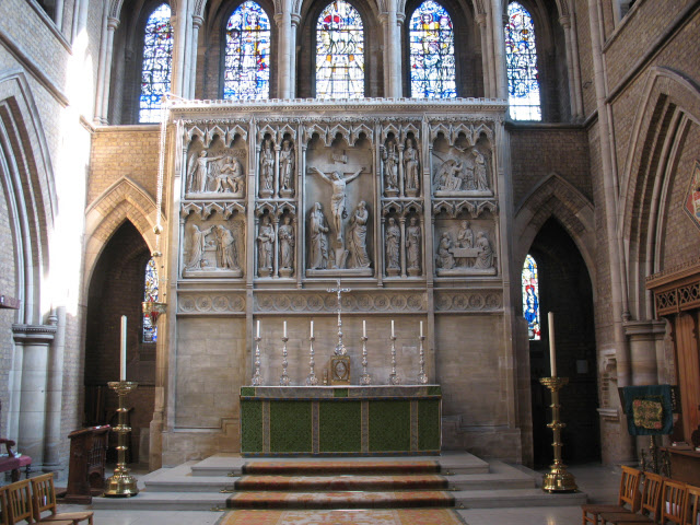 St John the Evangelist, Upper Norwood SE19 2RX High altar  (c) John Craven