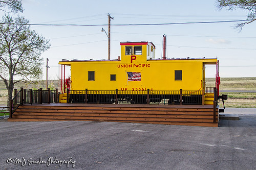 rail railroad railway train track caboose end union pacific west sinclair wyoming parco scanlon canon 7d digital mojo ©mjscanlonphotography ©mjscanlon outdoor landscape logistics railfanning railfan railroader transport transportation freight cargo merchandise commerce business move trains up25561