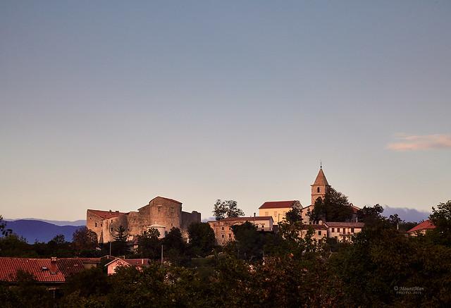 Frankopanski kaštel i grad Grobnik nakon zalaska