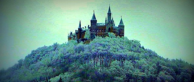 Germany , Hohenzollern Castle in winter, 75274/7601