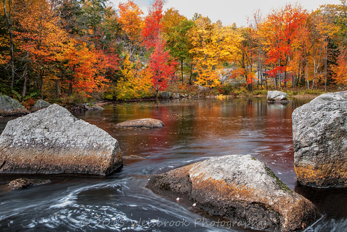longexposure autumn fall water leaves reflections rocks calming newengland newhampshire peaceful swirls stoddard