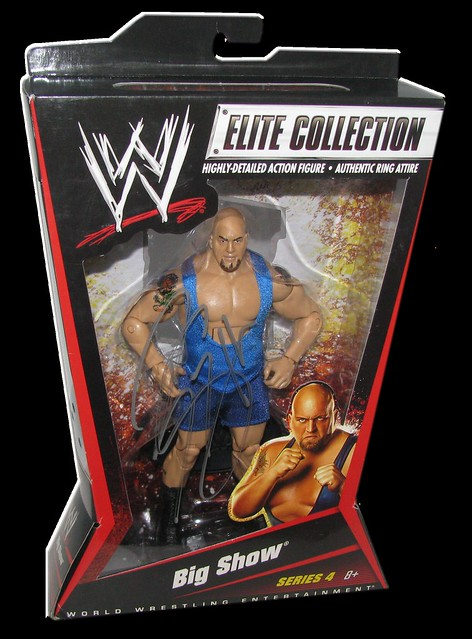 Big Show Autographed Mattel WWE ELITE COLLECTION Series 4 Figure