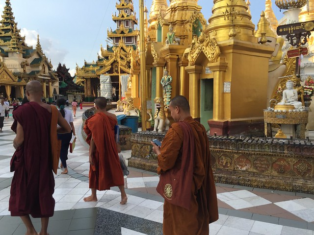 Shwedagon Paya en Yangón (Myanmar)