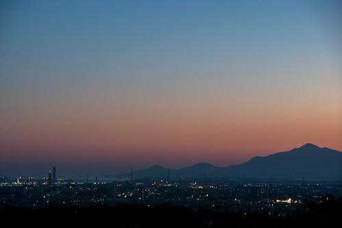 目覚める街 | by hiroching