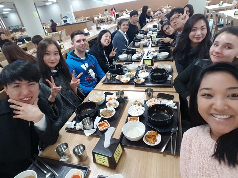 Nguyen, Anna; South Korea - Episode 4 (15)