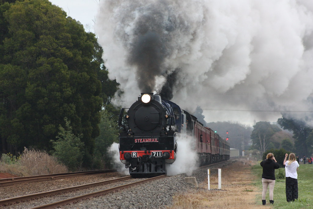 Departure from Warragul by Alan Greenhill