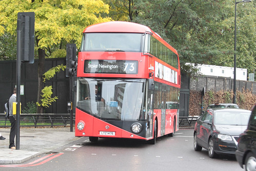 Arriva London North LT476 LTZ1476 | by peterolding