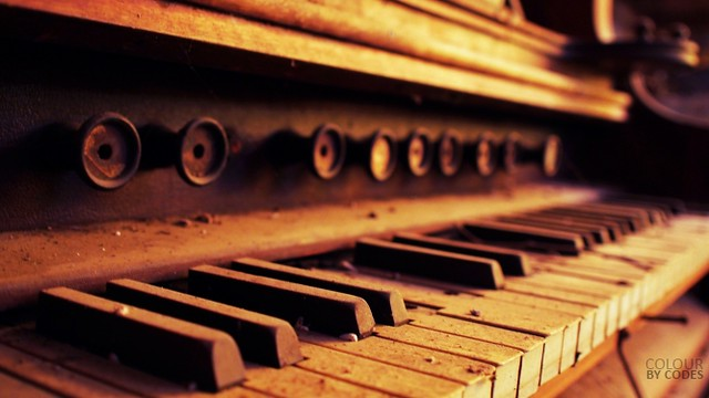 piano organ, Londonderry NSW Australia (PB030741)