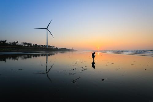 夕陽 海岸 日落 新竹 香山 沙灘 黃昏 漁夫 海之聲