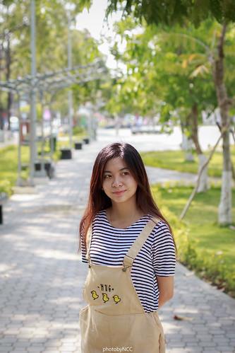 Trần Linh Linh hotgirl vietnamese - YouTube